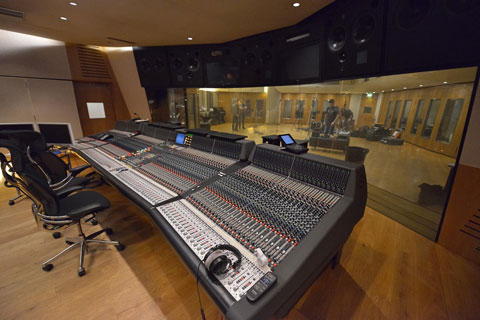 mixing-console